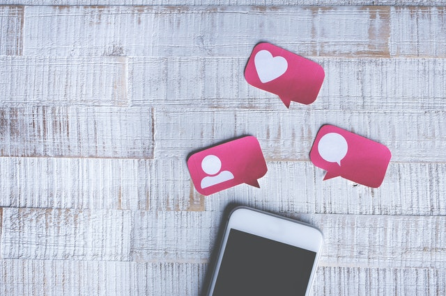 phone with notification cut outs for social media recruitment