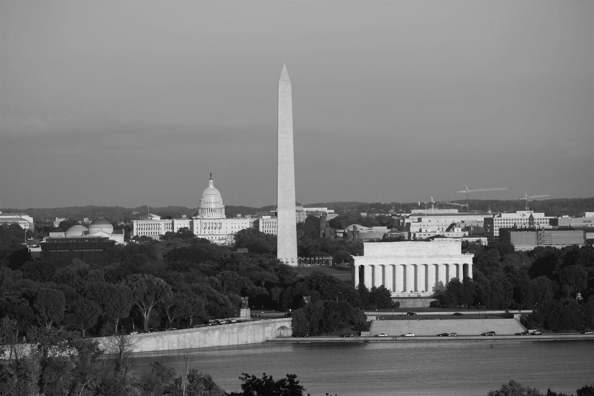 Image of the Washington monument in Washington D.C.